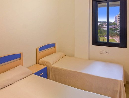 Habitación con 2 camas Отель Magic Atrium Plaza